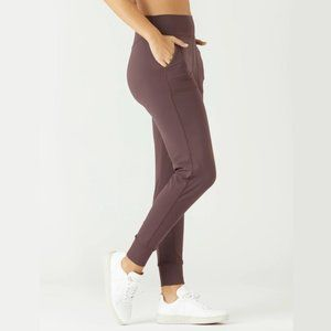 GLYDER Pure Jogger Pants in Plum